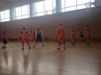 Probacijos prižiūrimi jaunuoliai krepšinio aikštelėje susitiko su Amatų mokymo centro mokiniais