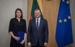 Ministras Pirmininkas Saulius Skvernelis  Rasai Kazėnienei įteikė padėką už kovą su korupcija