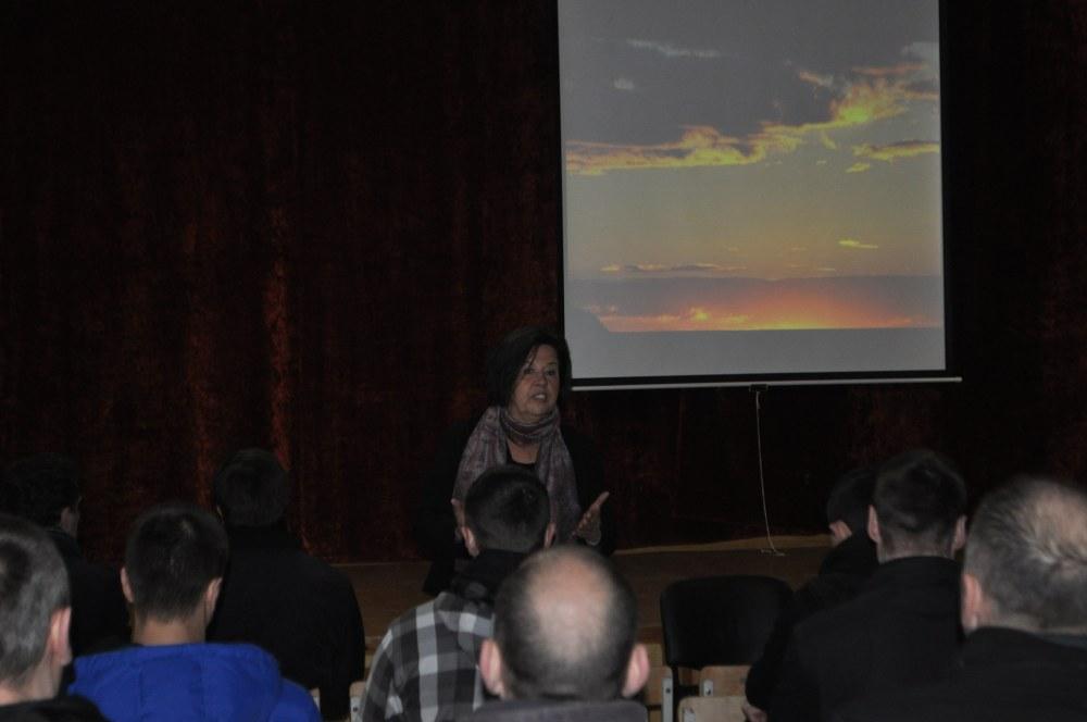 Rita Bandzevičienė dėsto apie stresą.